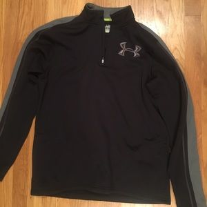 Men's large Under Armour pullover
